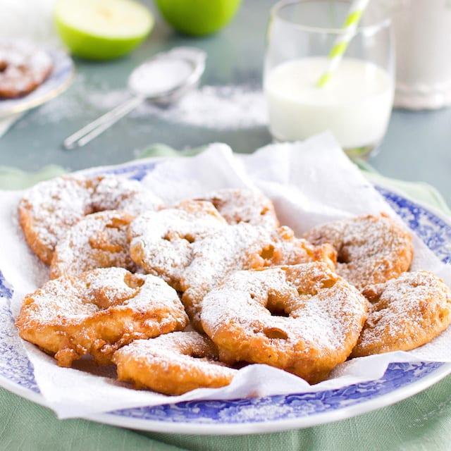Appleflappen-Dutch-Apple-Fritters_site