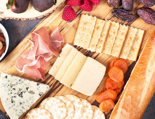 Castello-Folie-a-Deux-Valentines-Day-Cheese-Board-Pic-3-620x883