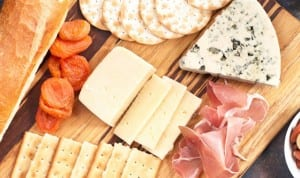 Castello-Folie-a-Deux-Valentines-Day-Cheese-Board-Picture-3-620x930
