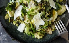 seriously-delish-crispy-salt-pepper-brussels-sprouts