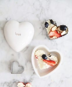 white-chocolate-berry-hearts-valentines-treats-by-le-zoe-musings2-2