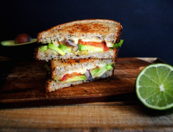 Guac-Grilled-Cheese-2-685x1024