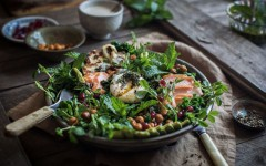 Kale-salad-with-smoked-salmon-spiced-chickpeas-chimichurri-tahini-yoghurt-01