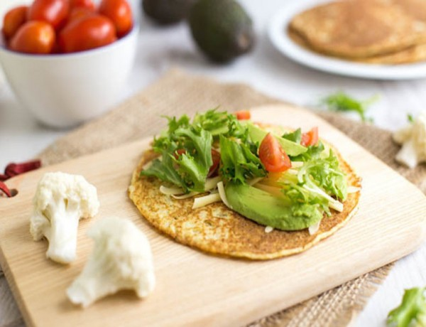 Low-carb-cauliflower-tortillas-5-650x433