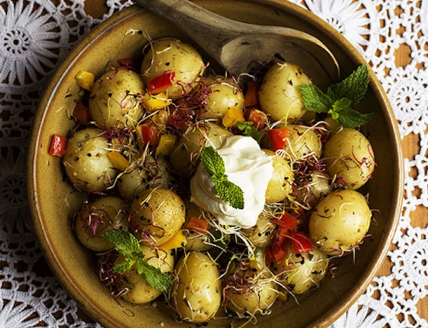 Mint-Garlic-Peppers-Sprouts-and-Baby-Potato-Salad
