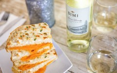 The Perfect Wine and Grilled Cheese Combo