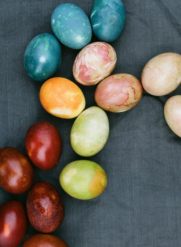 10 Ways To Color Easter Eggs