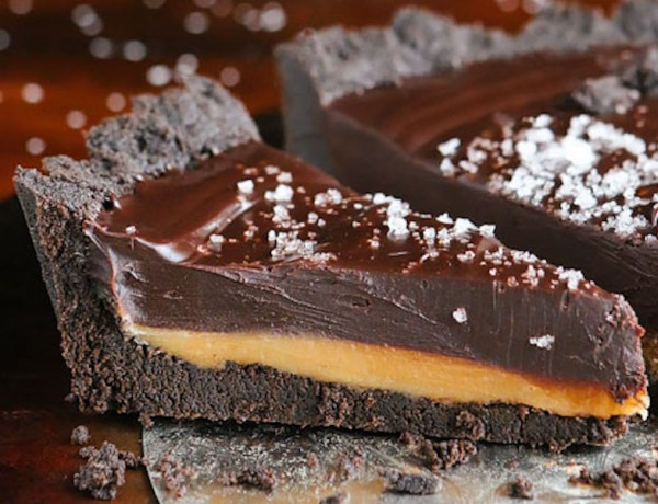 Dark-Chocolate-Salted-Caramel-Oreo-Pie-Recipe-03