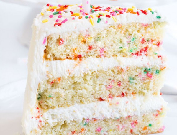 Homemade-Funfetti-Birthday-Cake-6