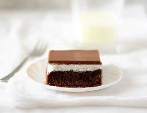 chocolate-marshmellow-cake1-w