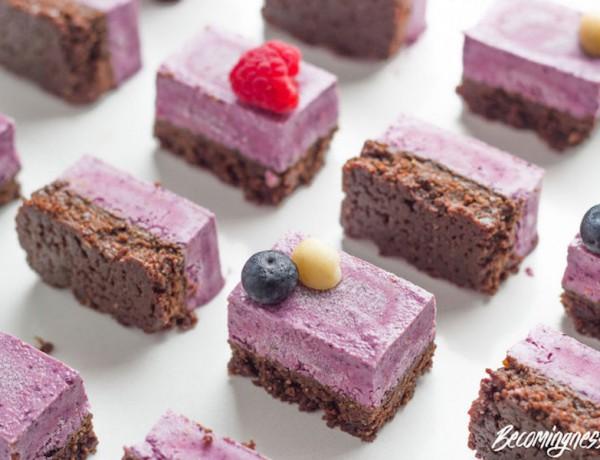 raw-triple-berry-chocolate-vegan-slice 2