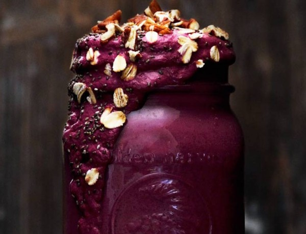 Berry-Yogurt-Oat-Smoothie1