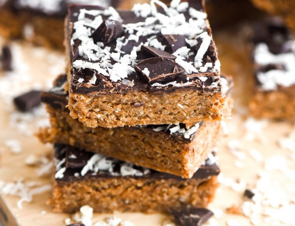 Healthy-Dark-Chocolate-Coconut-Oat-Bars-3-1