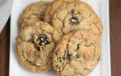 Oatmeal-Chocolate-Chunk-Cookies-6