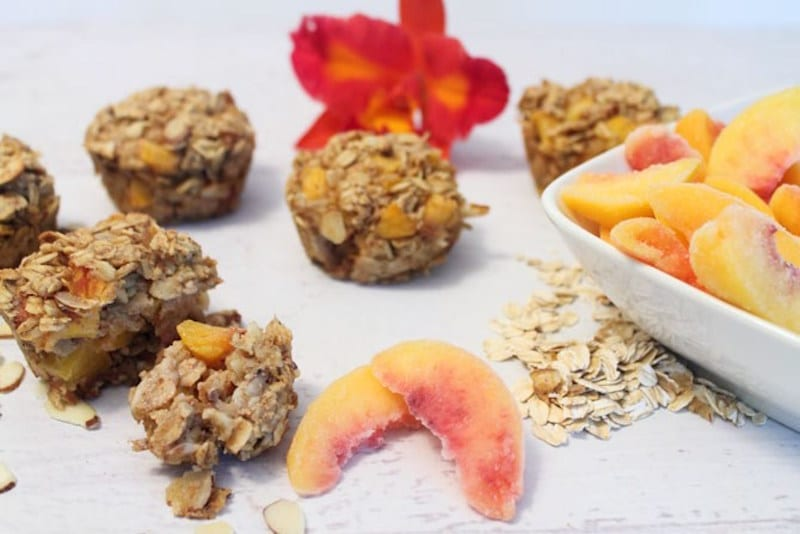 Peach Almond and Oatmeal Bites – Honest Cooking