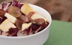 TOFU SALAD WITH RADICCHIO-HAZELNUTS AND GRAPES ph. g. giustolisi copy
