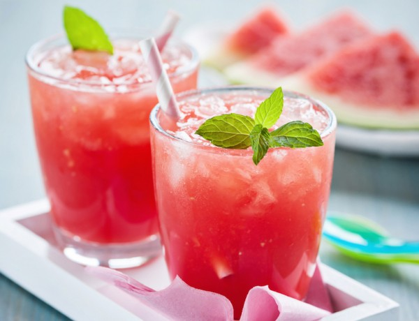 Perfectly Easy Cocktails for Summer Parties