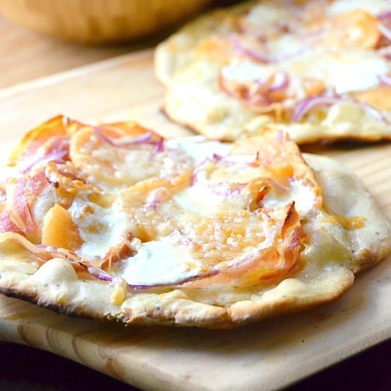 Grilled Pancetta and Melon Pizza