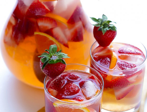 Strawberry-Sangria-2