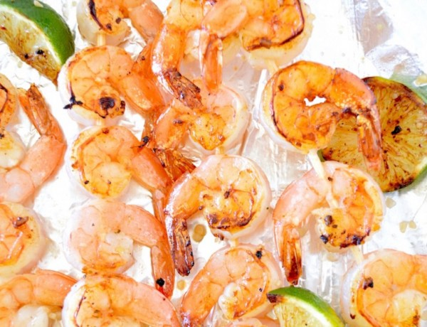 grilled-honey-lime-shrimp-kabobs-2-681x1024