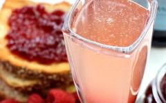 jam-toast-cocktail-top