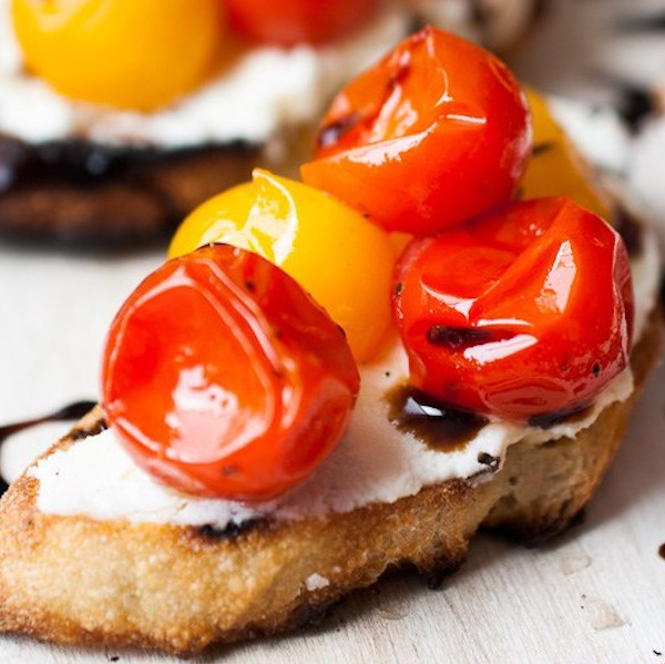 Grilled-Marscapone-Crostini-4