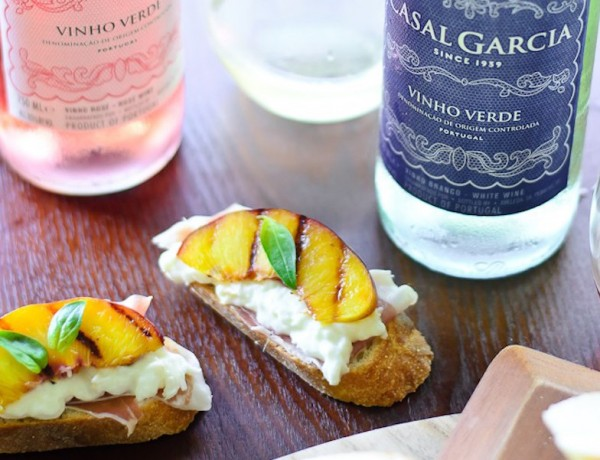 Grilled-Nectarine-Toasts-20