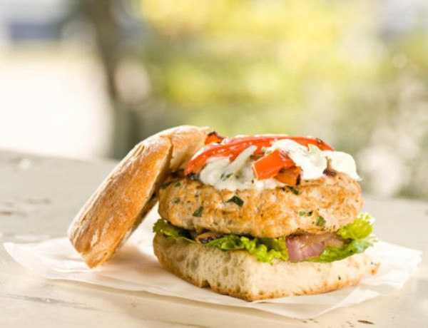 capresse_turkey_burger-1-670x405