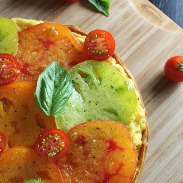 heirloom-tomato-goat-cheese-polenta-tart