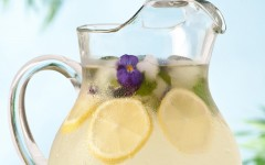 pitcher+of+honey+sweetened+lemonade+with+rosewater