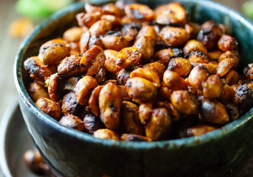 Spicy Sriracha Nuts