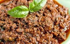 sundried-tomato-basil-pesto-2