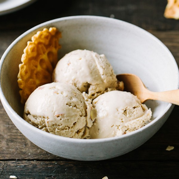 toasted-almond-coconut-ice-cream-4-2