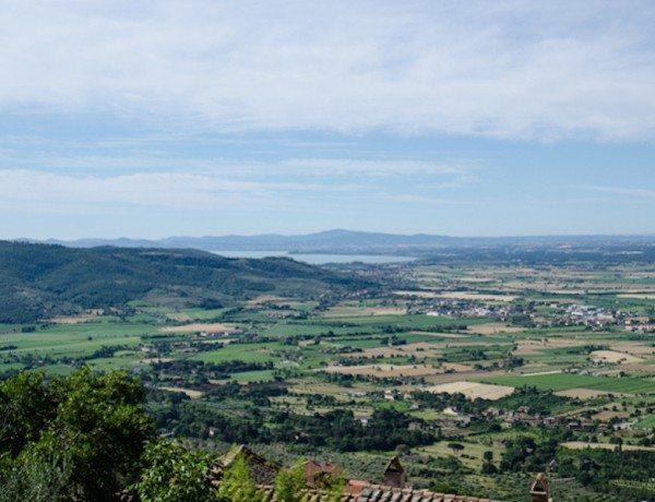 cortona-view-italiaoutdoors-private-italy-tours