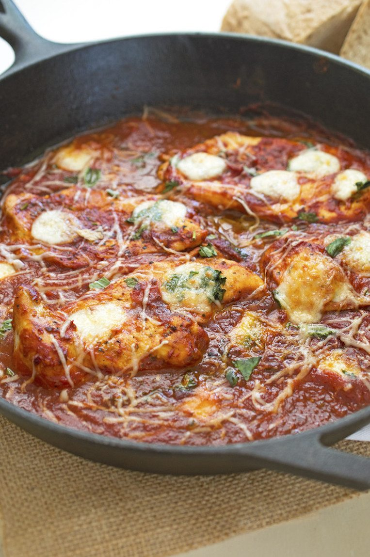 Skillet Chicken with Tomato and Mozzarella