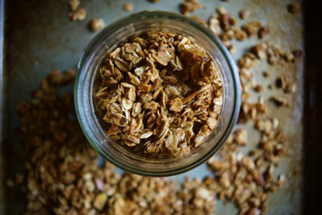 Basic Homemade Granola - Crunchy, easy granola with a touch of sweetness. Perfect as a topping or snack. http://thelittlemomma.com