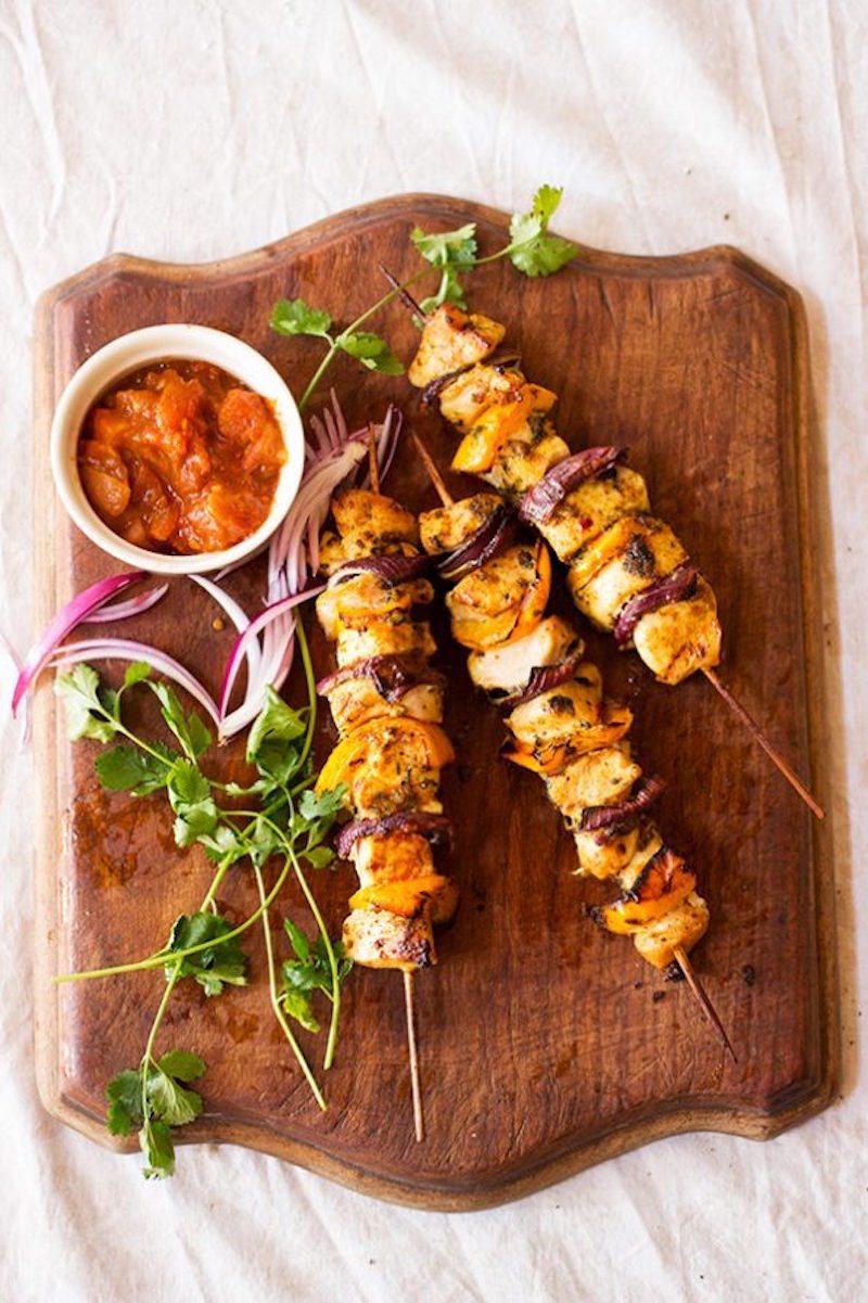 garlic-coriander-chicken-kebabs-595x893