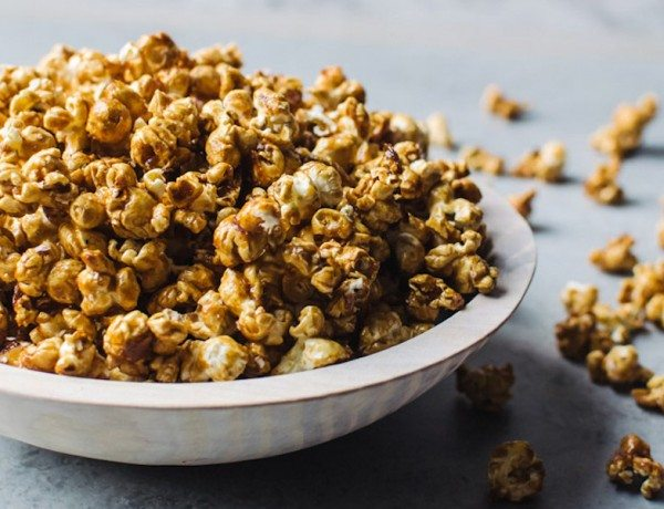 hot-toddy-caramel-popcorn-recipe-image