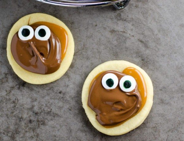 Homemade-Twix-Cookies-with-Googly-Eyes-Umami-Girl-3-920x609