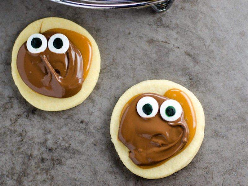 Homemade-Twix-Cookies-with-Googly-Eyes-Umami-Girl-3-920x609