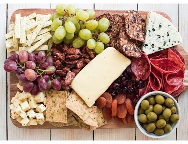 How-to-Make-A-Cheese-Board-Image-8