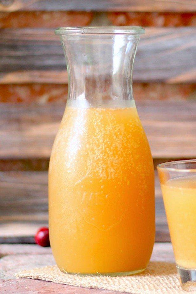 Bubbly Apple Juice with Probiotics