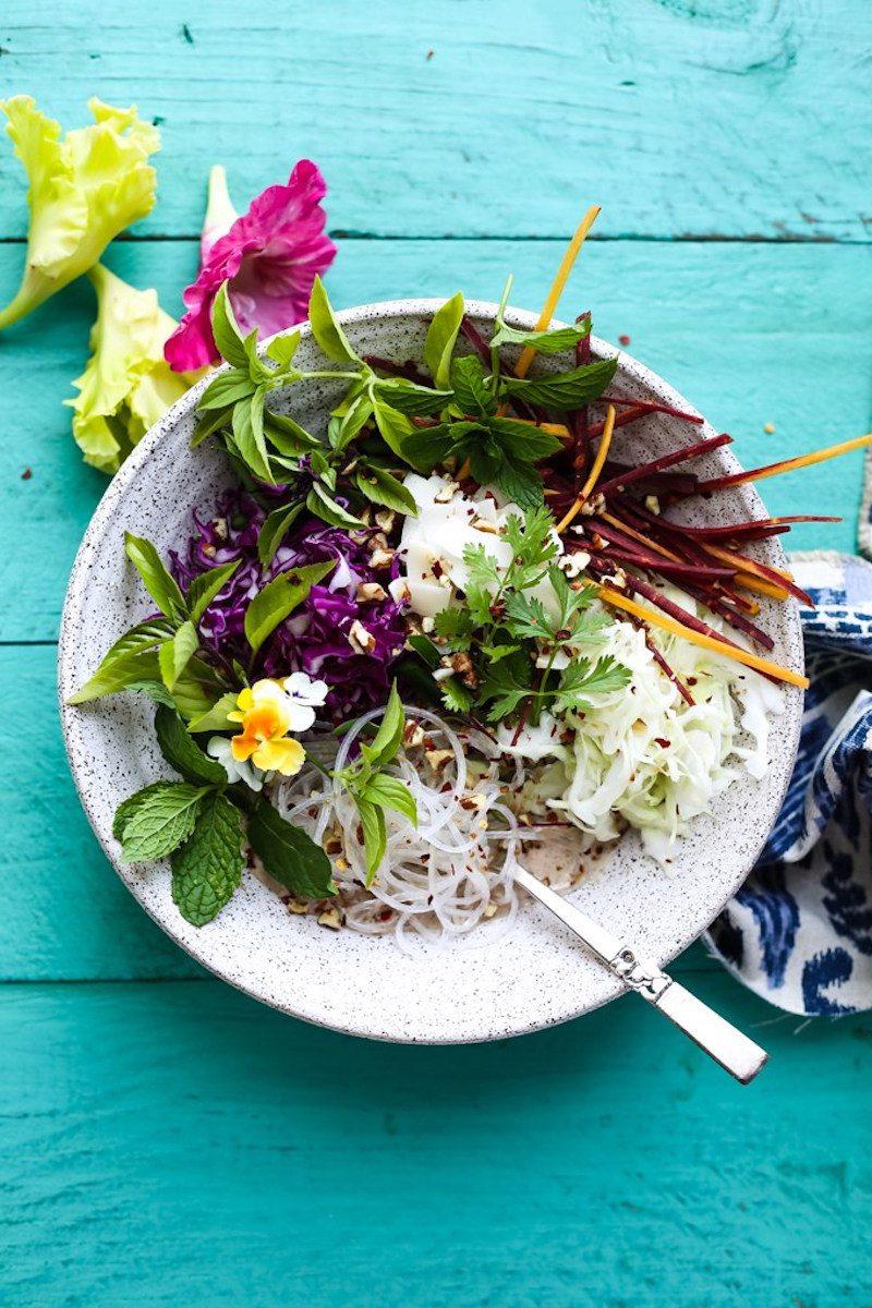 coconut-almond-butter-noodle-bowl-vegetable-1
