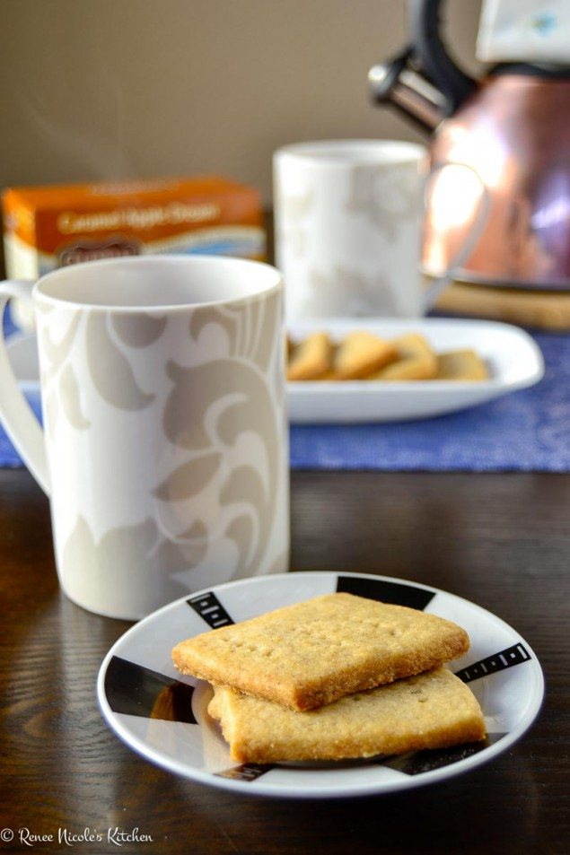 Teatime: Spiced Shortbread Cookies