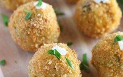 Spinach-and-Artichoke-Risotto-Balls-1