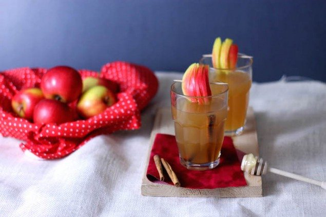 Mulled Apple Cocktail