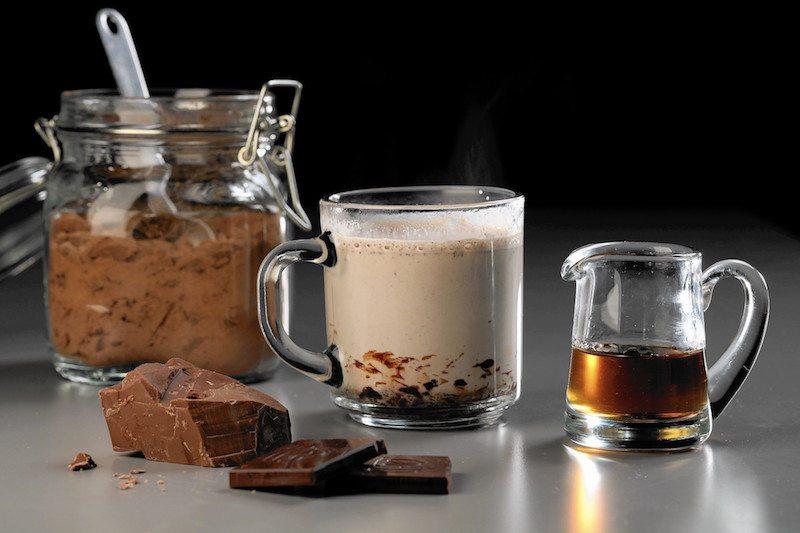 sc-food-1218-drink-hot-chocolate-boozy-20151215