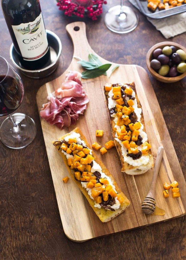 Red Wine Caramelized Onions and Butternut Crostini