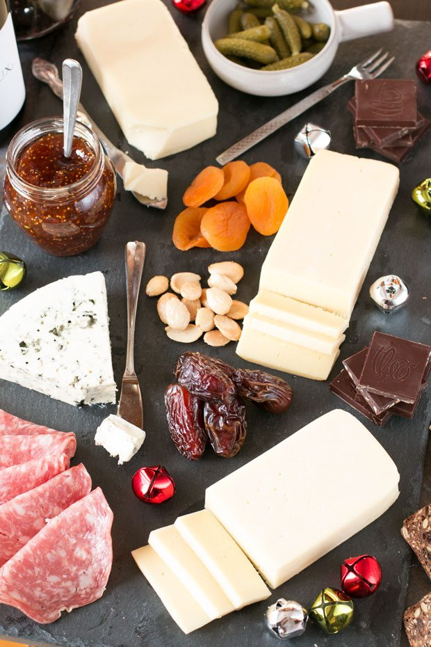 Festive Christmas Cheese Board – Honest Cooking