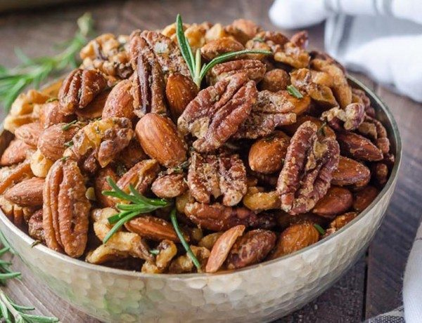 spicy-maple-rosemary-roasted-nuts3-flavorthemoments.com_